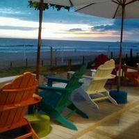 Quiosque Aloha Rio - Barra da Tijuca Café da manhã à beira mar em um quiosque pra lá de fofo. Jardim Oceanico, em frente ao Le Ble Noir.