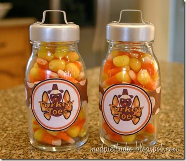 Thanksgiving Gift - Turkey Toes: Thanksgiving Ideas, Teacher Gift Ideas, Craft Gift Ideas, Candy Corn, Thanksgiving Fall, Fall Thanksgiving, Teacher Ideas, Thanksgiving Gifts, Turkey Toes