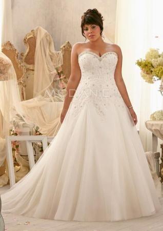 Col en coeur robe de mariée grande taille sans bretelle