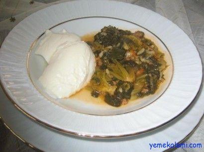 Kıymalı ve Yoğurtlu Ispanak Tarifi ---- http://www.yemekalemi.com/kiymali-ve-yogurtlu-ispanak-tarifi.html