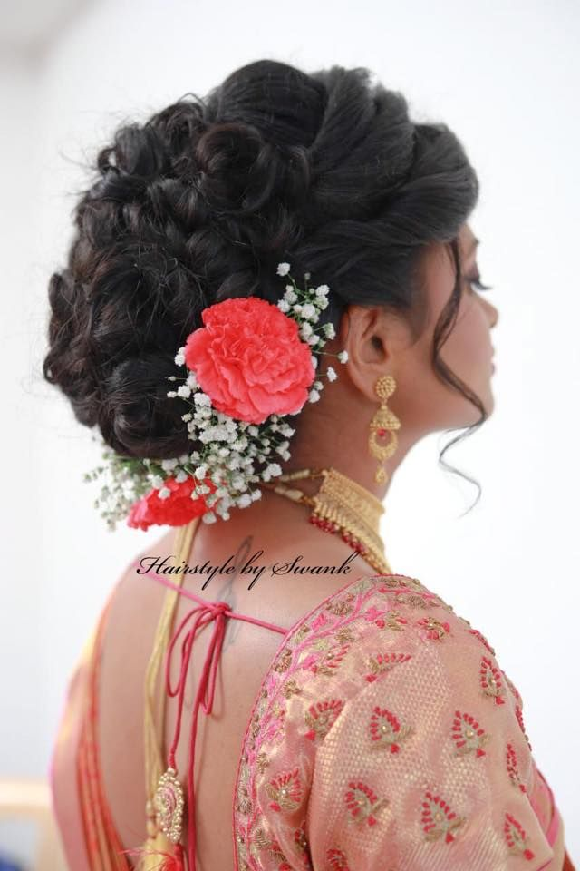 Pretty And Elegant Hairstyle South Indian Bridal Hairstyle By Swank Bridal Updo With Fresh Flowers Indian Bridal Hairstyles Bridal Hair Buns Hair Ornaments