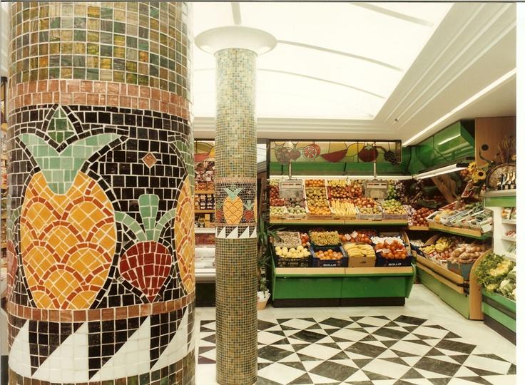 Reforma Realizada para Frutería, Tienda de Alimentación. Proyecto realizado por : Crokis Proyectos. Vitoria/ Gasteiz, Alava, Spain +34629447373