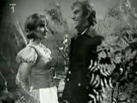 Lesní ženka (1974) - YouTube