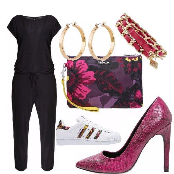 Tuta jumpsuit con coulisse in vita da abbinare sia ad una scarpa sportiva, sia a décolleté a stiletto dai colori sgargianti abbinate ad accessori in tinta: per un outfit pratico o eccentrico.