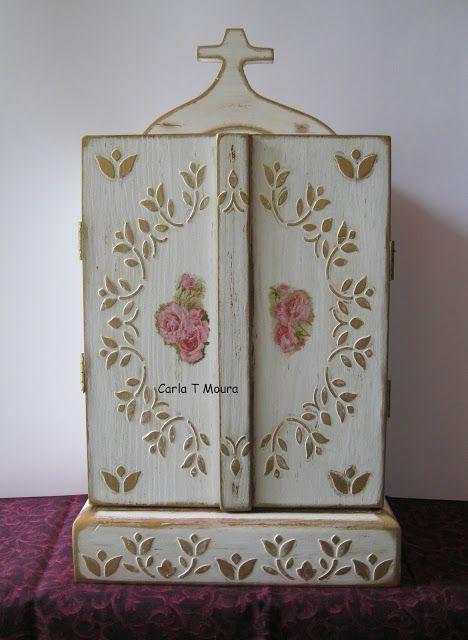 Carla Handmade: Oratório (Sagrada Família) em madeira com relevos ...