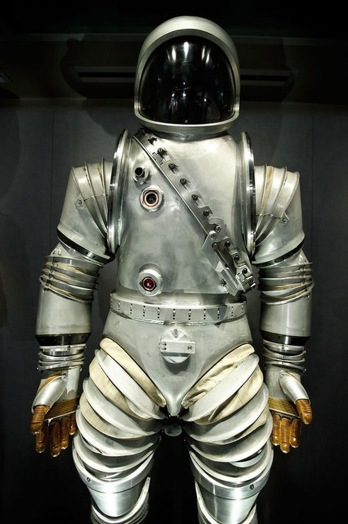 30 best images about space suits on Pinterest | Astronauts ...