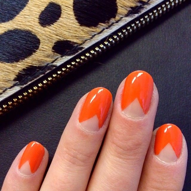 This 'Organge Appeal' chevron mani from @Julia Murphree is so adorbs, we had to share. #colorshowoff