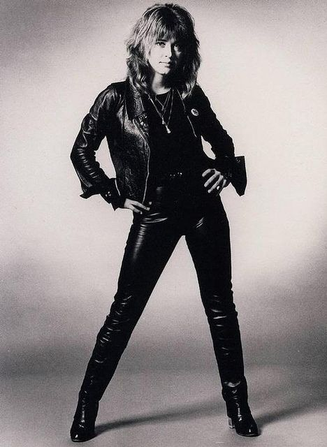 Suzi Quatro. Should be better known here in the US.