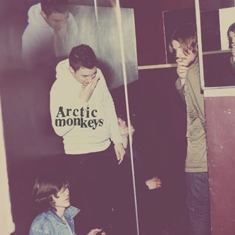 arcticmonkaays/2016/08/20 06:43:39/Happy birthday humbug! Such an amazing album, would definitely recommend giving it a listen ☺️ #arcticmonkeys #humbug #am #album #birthday #humbugbirthday #alexturner #matthelders #jamiecook #nickomalley #music #recomended #album #love #bands #like #follow #fanaccount