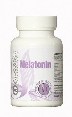 Melatonina este o substanta chimica naturala produsa la nivelul creierului de catre glanda pineala si se sintetizeaza din aminoacidul triptofan. Sinteza acesteia este stimulata de intuneric si redusa de lumina. De asemenea, producerea de melatonina se diminueaza odatã cu inaintarea in varsta, inca inainte de perioada de adolescenta. Imbatranirea poate fi definita ca un cumul de modificari/alterari survenite de-a lungul timpului la nivelul organelor, tesuturilor si celulelor. Deoarece este un…