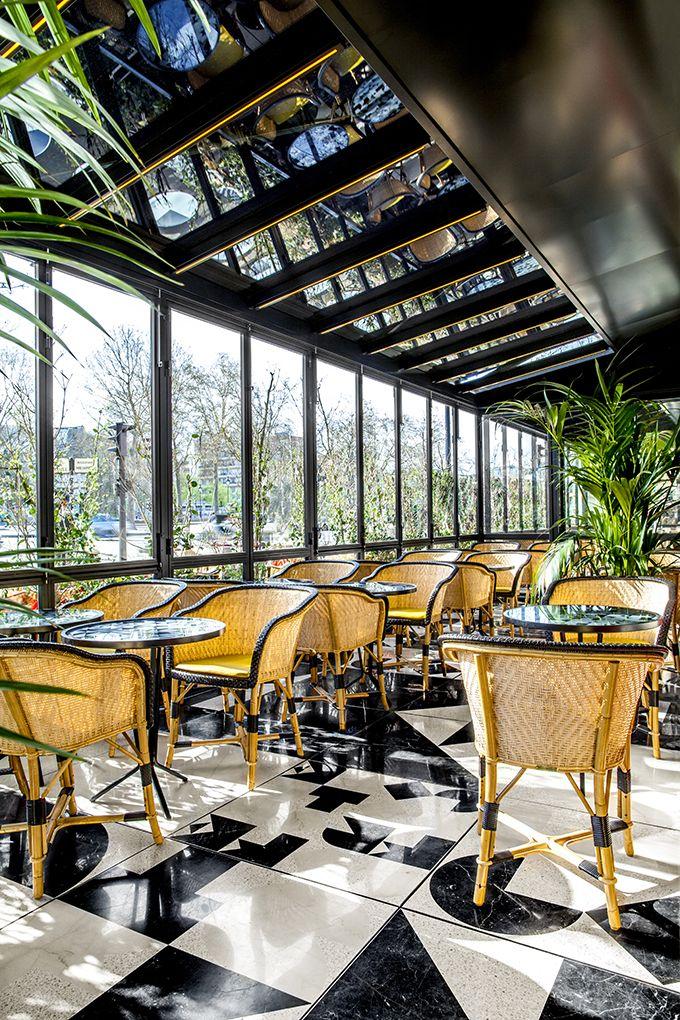 Café français, Place de la Bastille, Paris
