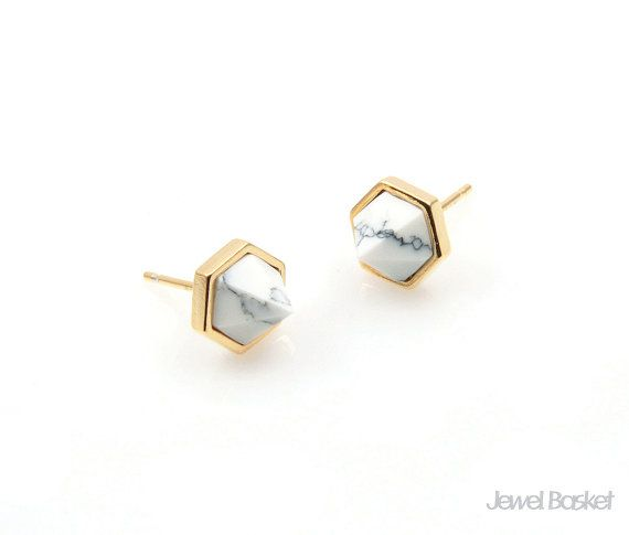 Howlite Earrings will be perfect for your hand making accessories. This listing is for two pieces of Howlite stone Earrings. They are made with gemstone and frame is made of brass. It is 16k gold plating.  - Shiny Gold Frame (Tarnish Resistant) - Howlite Stone - White Turquoise - Brass and Glass / 8.5mm x 6.2mm (not including post size) - 92.5 Silver Ear post - 2pcs / 1pack