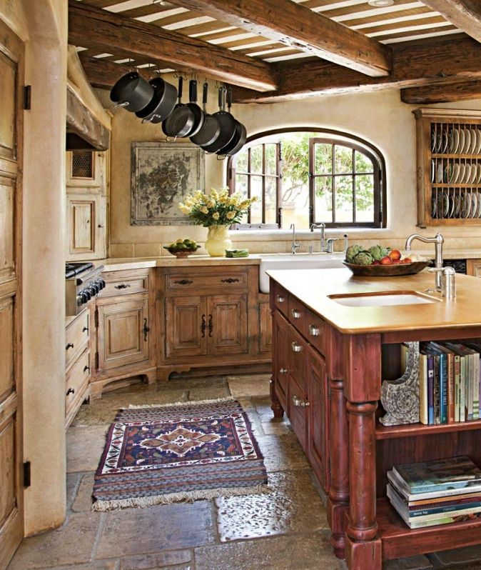 Küche in italienischem Landhaus Küchen ideen landhaus