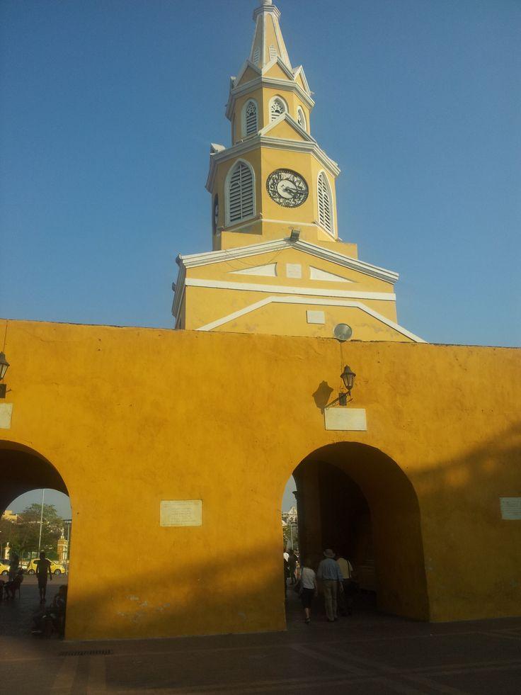 La torre del reloj. En tiempos de la colonia era la única entrada a la ciudad amurallada