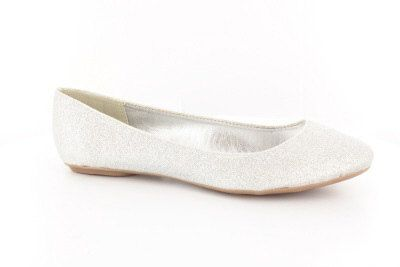 Amazing white bridal shoes, perfect as a wedding shoes, prom shoes or for parties and special moments. These glitter wedding shoes will make your