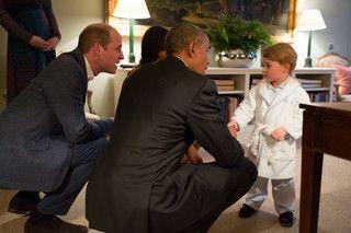 Príncipe George recebe Obama de pijama