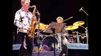 BILL BRUFORD - DRUM SOLO - YouTube
