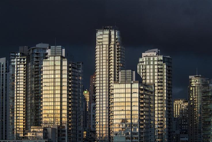 Douglas Williams Photography - evening skyline, Vancouver