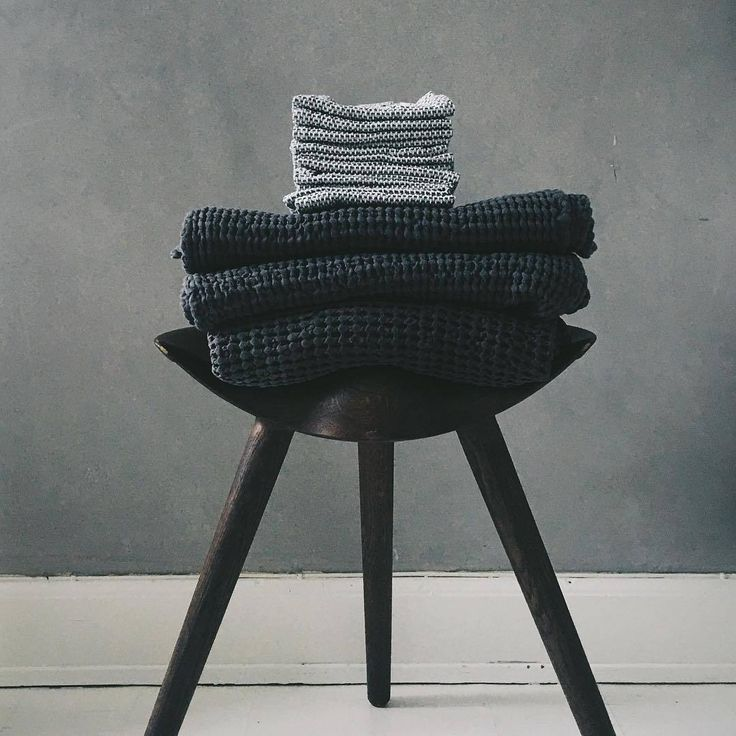 The design of the sculptural three-legged stool, ML42, was inspired by traditional stools used by shoemakers in the past. Photo credit: @boligcious.