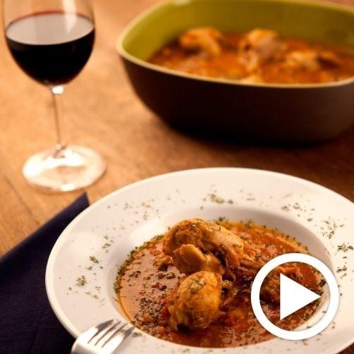Una deliciosa receta de Pollo al chilindrón para #Mycook http://www.mycook.es/receta/pollo-al-chilindron/