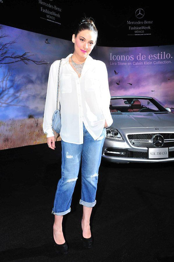 Ana Brenda em mercedez-benz fashion week 2012 mai fotos aqui >>> http://anabrendacontrerasbr.blogspot.com/2014/08/ana-brenda-em-mercedes-benz-fashion.html