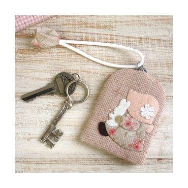 拼布——苏姑娘造型钥匙包(带图纸) - Hello Kitty - 日月星晨