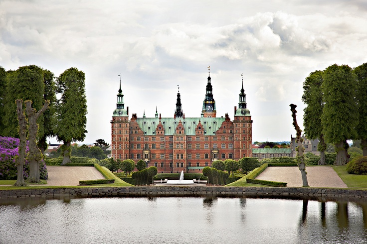 Amazing view from the rear of the Baroque garden.