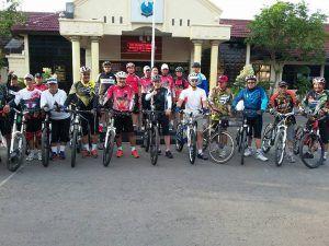 Kapolres Lamongan Ajak Anggota Patroli Dialogis Sambil Bersepeda