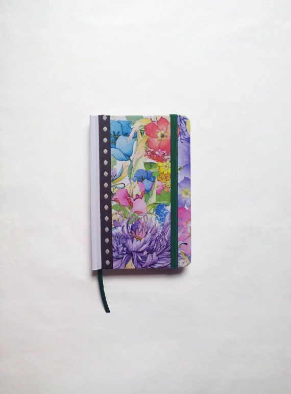 Cute decoupage notebook with flowers pattern. #cute #notebook #decoupage #agenda #journal #small #gift #idea #for #her #woman #girl #lovely #sweet #flowers