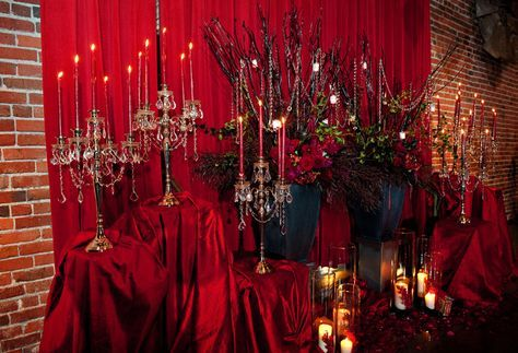 Black and red wedding decoration
