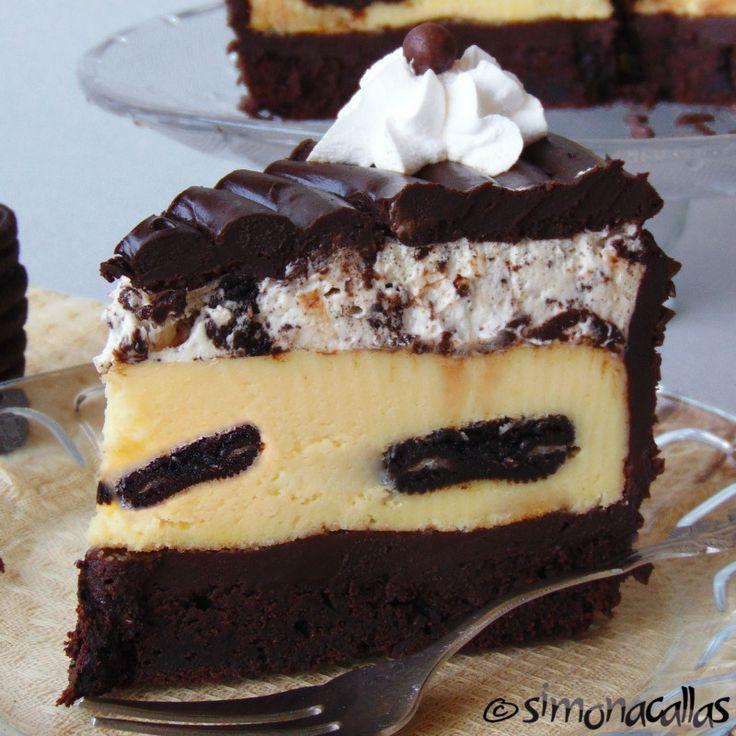 Oreo Dream Extreme Cheesecake - acest desert inspirat dupa modelul TCF e decadent, luxuriant şi are un gust divin. Conţine 4 straturi cu texturi diferite