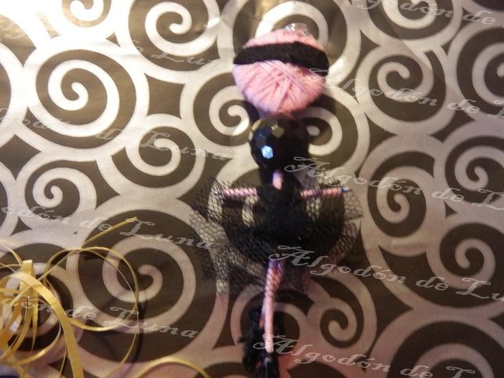 Bailarina de ónixs broche colgante de Algodón de Luna en negro con nuestra perla