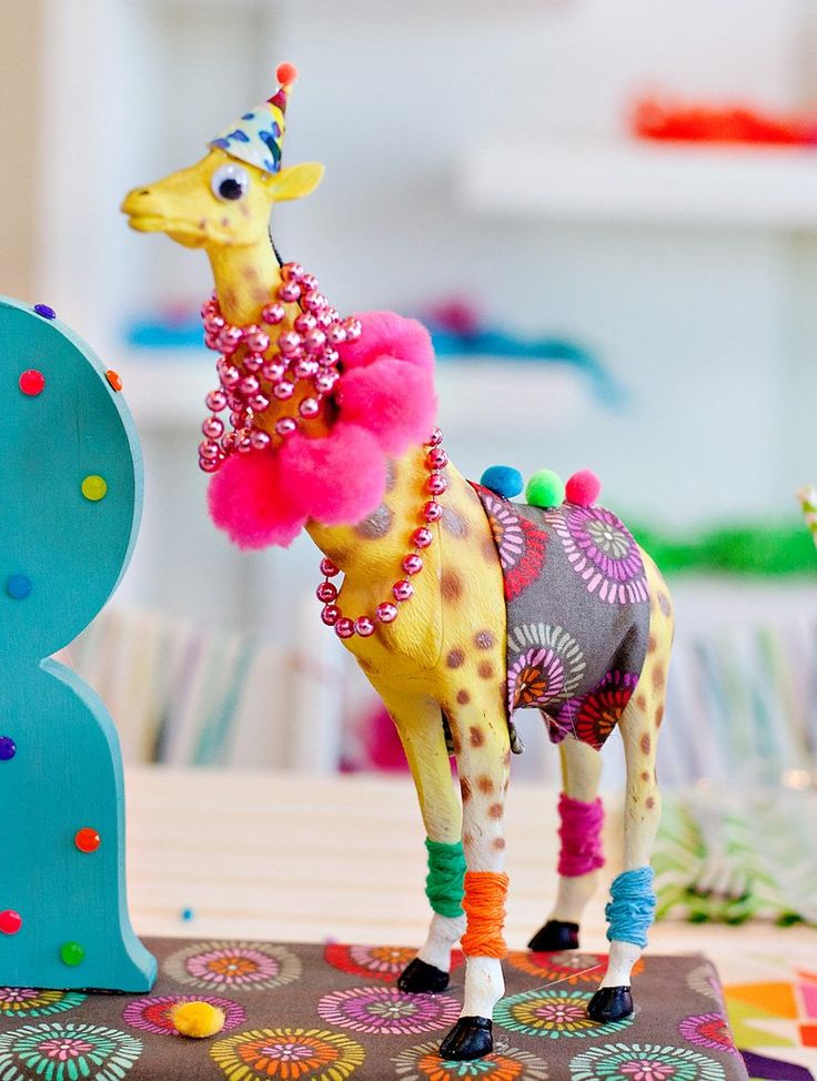 A Wacky & Wild Animal Birthday Party! // Hostess with the Mostess®#more-144398#more-144398