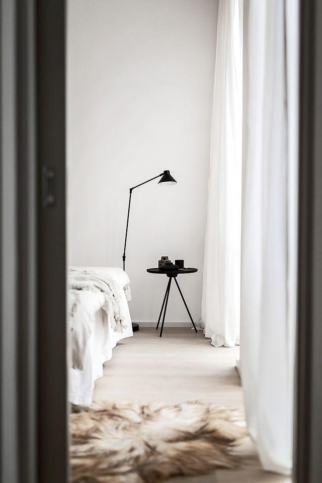 Een prachtig minimalistisch huis met een luxe interieur - Roomed