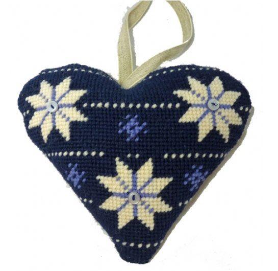 Scandanavian Lavender Heart Tapestry