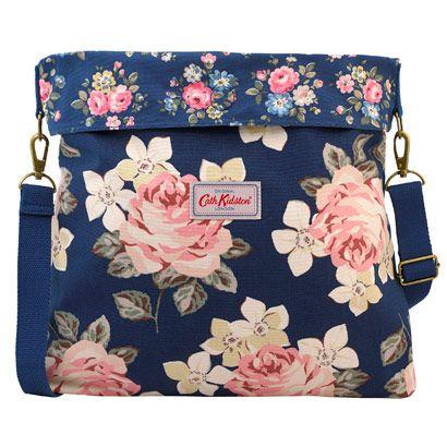 Richmond Rose Reversible Folded Messenger Bag | Cath Kidston |