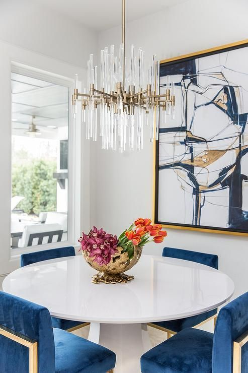 10 Round Dining Tables To Create A Cozy And Modern Decor Gold