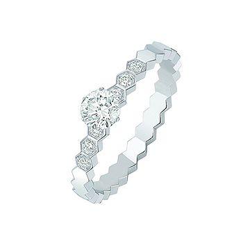 ビー マイ ラブ - CHAUMET(ショーメ)の婚約指輪(エンゲージメントリング)。ホワイトゴールドのエンゲージリング・婚約指輪一覧❤