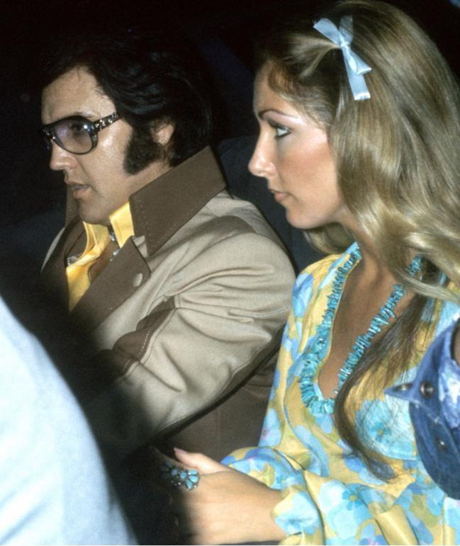 Elvis Presley und Linda Thompson Mitte der 70er in Hartford, Connecticut