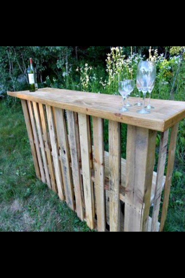 Outside bar out of pallets! perfect!