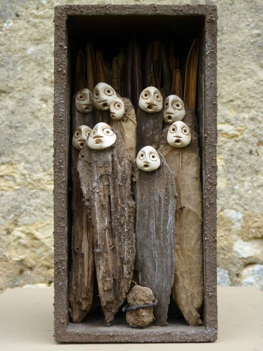 L'Arbonie, Jephan de Villiers. Inspiration to make something like these and place randomly in the garden in groups