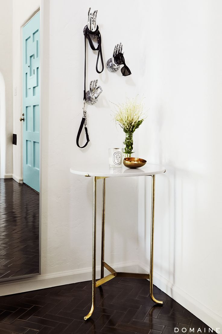 How to de clutter your beauty cabinet kendi everyday - Entryway Table With Dog Leash Hanging