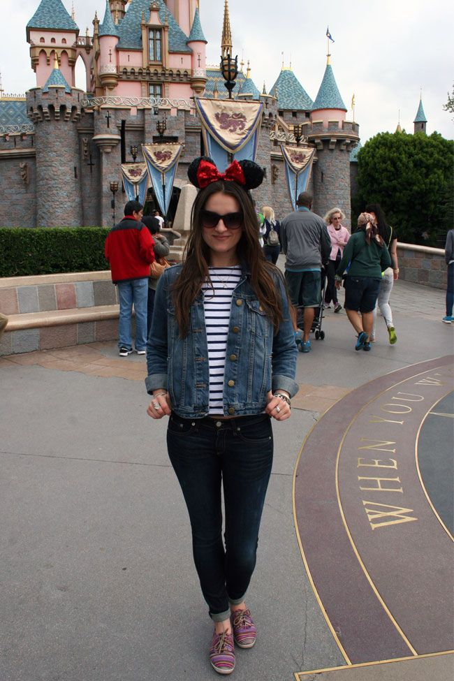 Totally what I have in mind for Disneyworld! Love stripes on other people but not so much me quite yet! Would love to find a jean jacket that's a little more form fitting than this maybe!