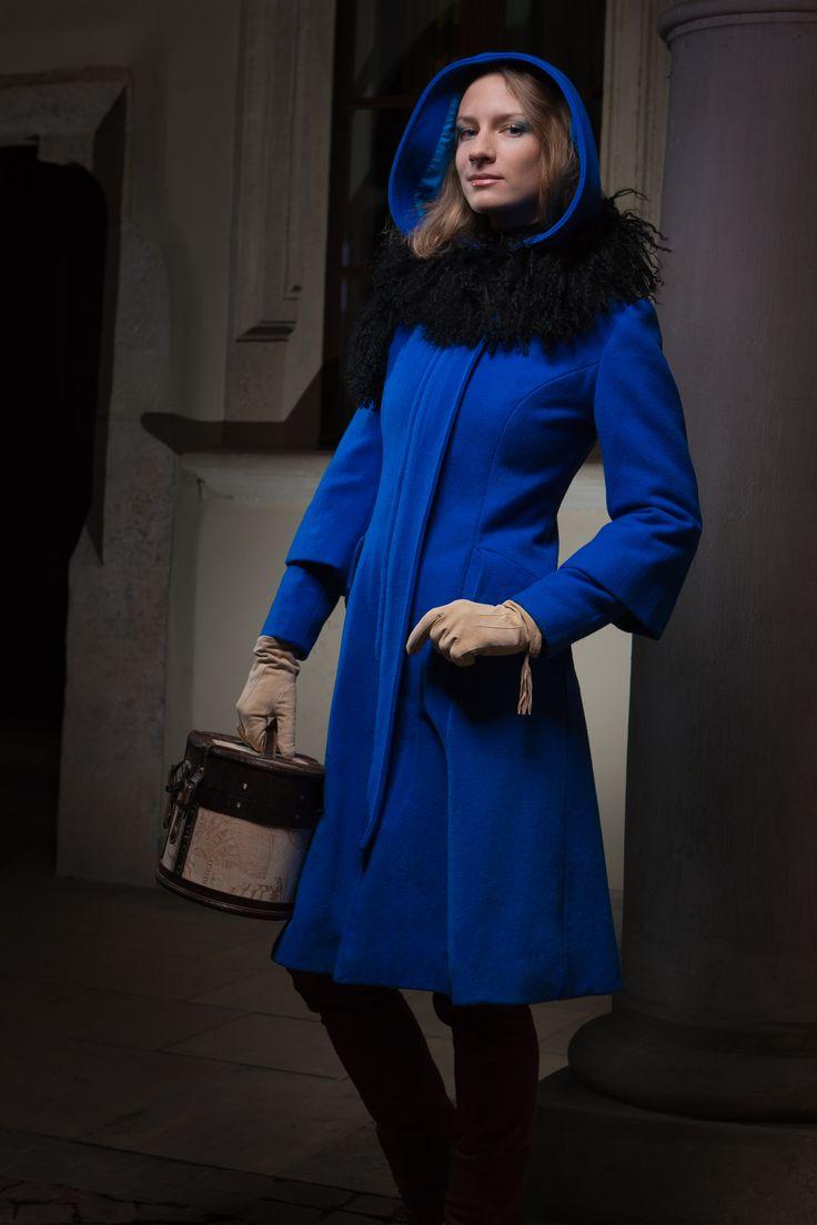 Blue woollen coat.