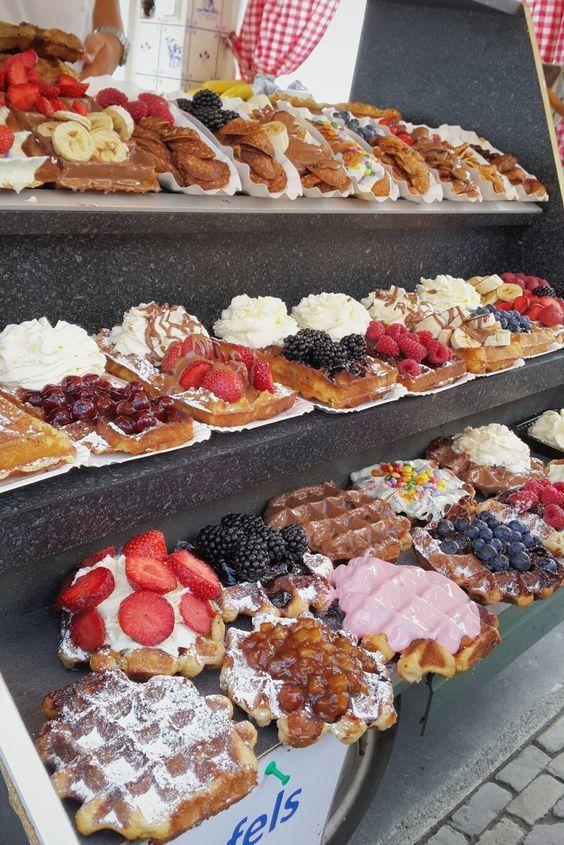 Waffle Truck in Volendam, Amsterdam, Netherlands. #Travel #Market #Delicious #Wanderlust