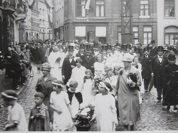 St.Amorsplein 1920