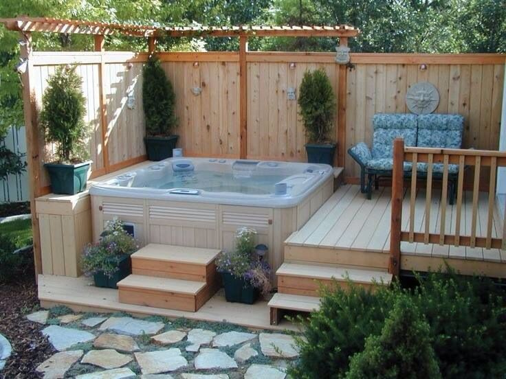 Lovely country look for a hot tub