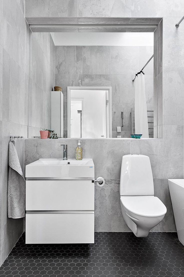 Vit badrumskommod från Ballingslöv