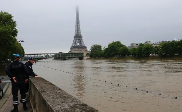 #France sees historic flooding - #news #media #international #french #europe #flood #water #river #seine #paris #historic #naturaldisaster #euro