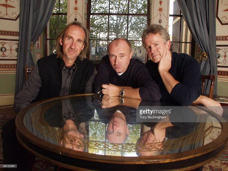 News Photo : Photo of Phil COLLINS and Mike RUTHERFORD and...